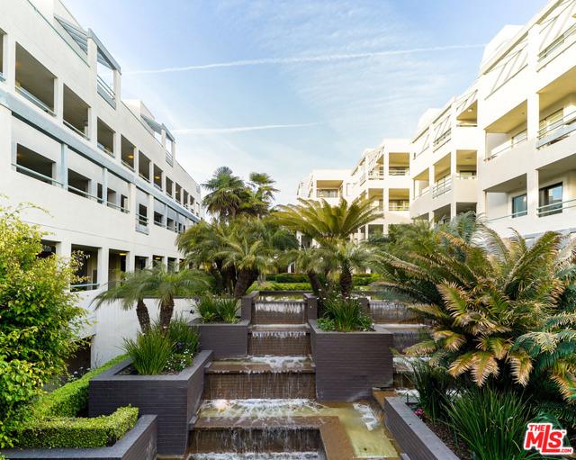 150 Ocean Park Blvd 328, Santa Monica, CA 90405