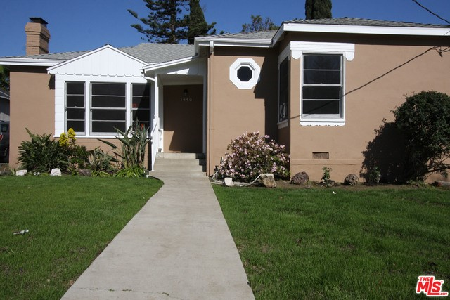 Single Family Home for Rent at 1440 ROXBURY Drive Los Angeles, California 90035 United States