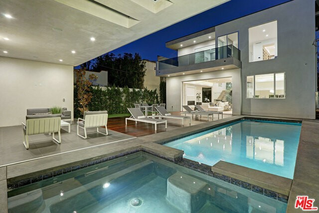 Single Family Home for Sale at 741 Fuller Avenue N Los Angeles, California 90046 United States