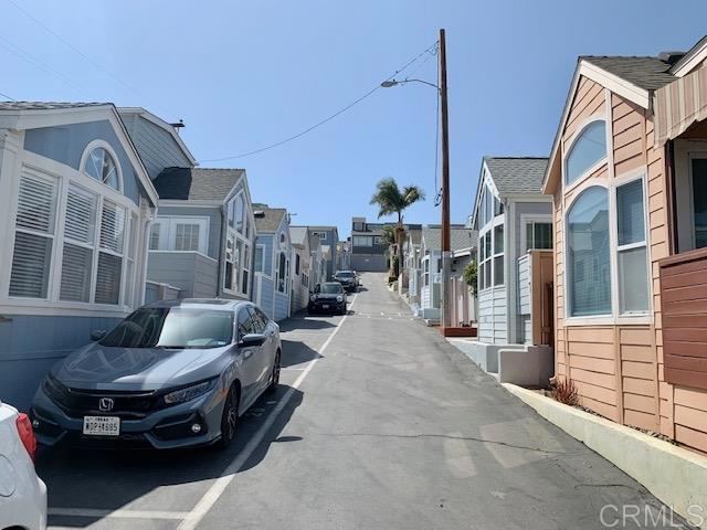 1624 N Coast Hwy 101, Encinitas CA: http://media.crmls.org/mediaz/0E48F2E0-578E-490B-933F-2A0FE742135E.jpg