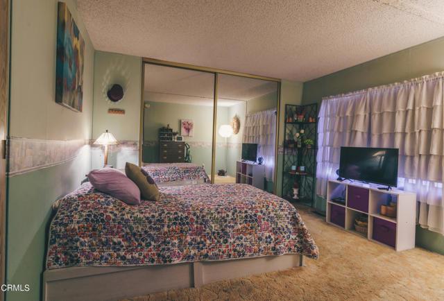 205 E Driffill Boulevard, Oxnard CA: http://media.crmls.org/mediaz/0E5277CD-079D-4D15-868D-43D03E5DE8C7.jpg