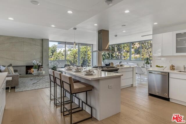 17352 W SUNSET 401, Pacific Palisades, CA 90272