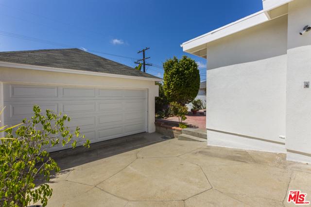 8037 Kenyon Ave, Los Angeles, CA 90045 photo 19