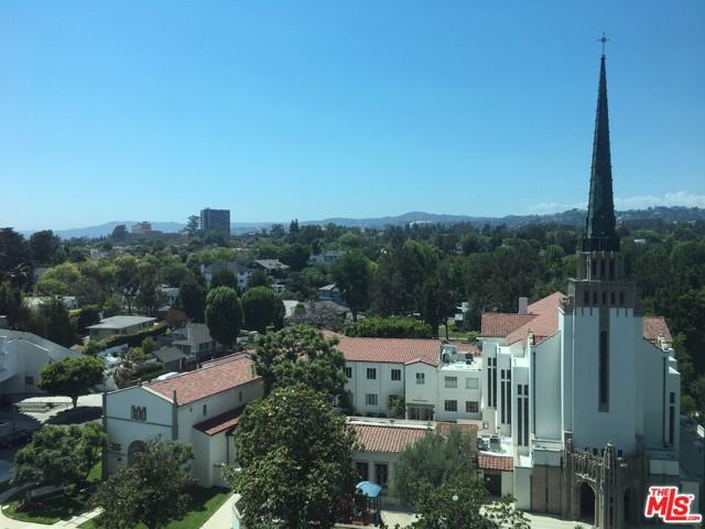 10490 Wilshire Boulevard, Los Angeles CA: http://media.crmls.org/mediaz/0F3FC185-7FBF-423D-A7CE-17BA2DEACA0E.jpg