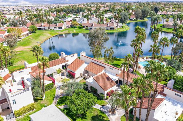 369 Wimbledon Drive, Rancho Mirage CA: http://media.crmls.org/mediaz/0F849F53-4F43-41D7-AA06-49B4113F83BB.jpg