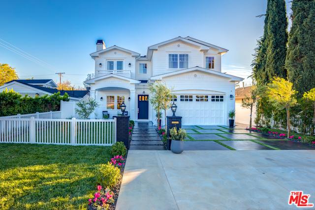 Photo of 14806 HESBY Street, Sherman Oaks, CA 91403