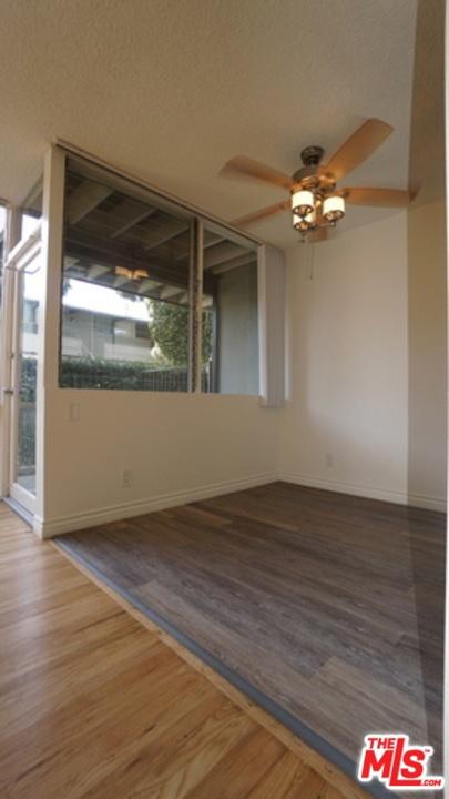 11133 ROSE Avenue, Los Angeles CA: http://media.crmls.org/mediaz/0FF29BB9-E002-4E53-8518-A96EB3A155B5.jpg
