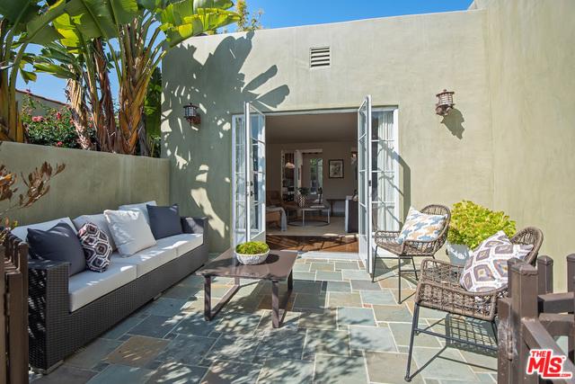 2215 California Ave, Santa Monica, CA 90403 photo 4