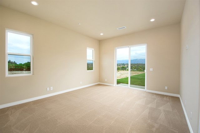 30835 Hilltop View Court, Valley Center CA: http://media.crmls.org/mediaz/102DD8A6-F631-44D7-8425-C42CCD698B77.jpg