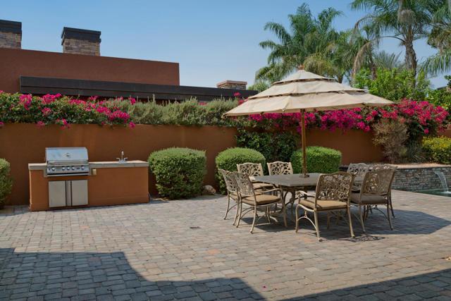 50015 Via Puente, La Quinta CA: http://media.crmls.org/mediaz/103BAC38-A2DC-4D13-B096-0A76292EA7A4.jpg