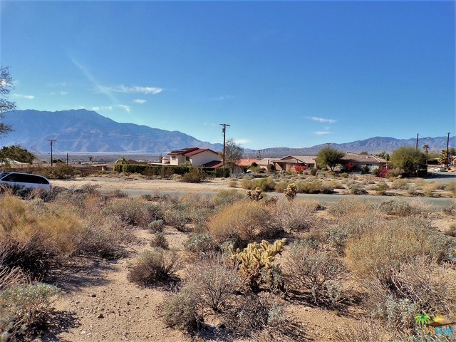 0 Lot 1 Mountain View Road, Desert Hot Springs CA: http://media.crmls.org/mediaz/10AC2730-4AD5-4F30-A43A-F92789D4640A.jpg