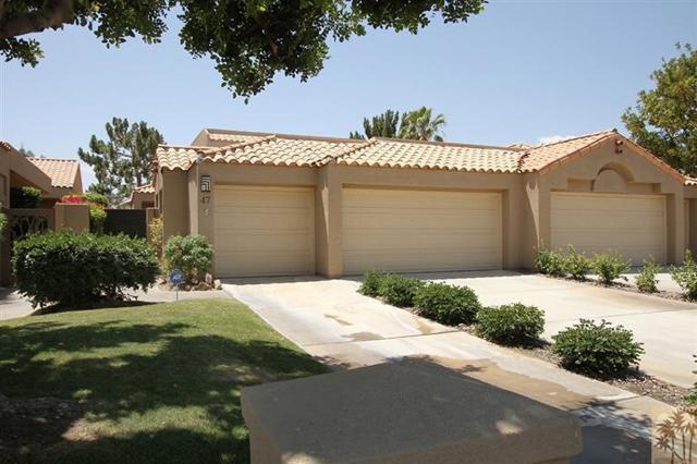 47 Pebble Beach Drive, Rancho Mirage CA: http://media.crmls.org/mediaz/10B5428F-581E-41B4-875F-11D23B33F300.jpg