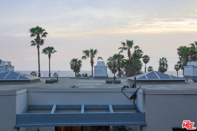 130 Ocean Park Boulevard, Santa Monica CA: http://media.crmls.org/mediaz/112D45BE-CDFB-4EB5-96A1-384A54604486.jpg