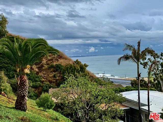 Photo of 24 Samoa Way, Pacific Palisades, CA 90272