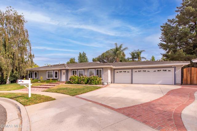 658 Bonwit Place, Simi Valley CA: http://media.crmls.org/mediaz/1222C6DC-58BC-45F0-8C5D-B04A3E239D23.jpg
