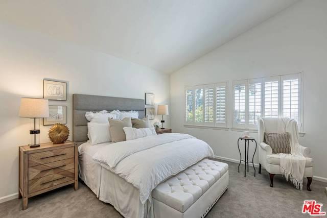 6531 RIGGS Place, Los Angeles CA: http://media.crmls.org/mediaz/127D559B-A9F9-4A7A-98DC-5551F8553096.jpg