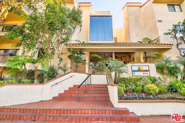 8180 MANITOBA Street 313 Playa del Rey, CA 90293 is listed for sale as MLS Listing 17195210