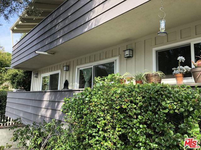 1315 STANFORD St 1, Santa Monica, CA 90404