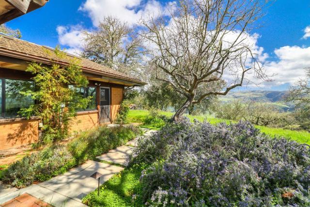 500 El Caminito Road, Carmel Valley CA: http://media.crmls.org/mediaz/13A3C3E0-068B-4C71-9D0A-CCCC9A03859D.jpg