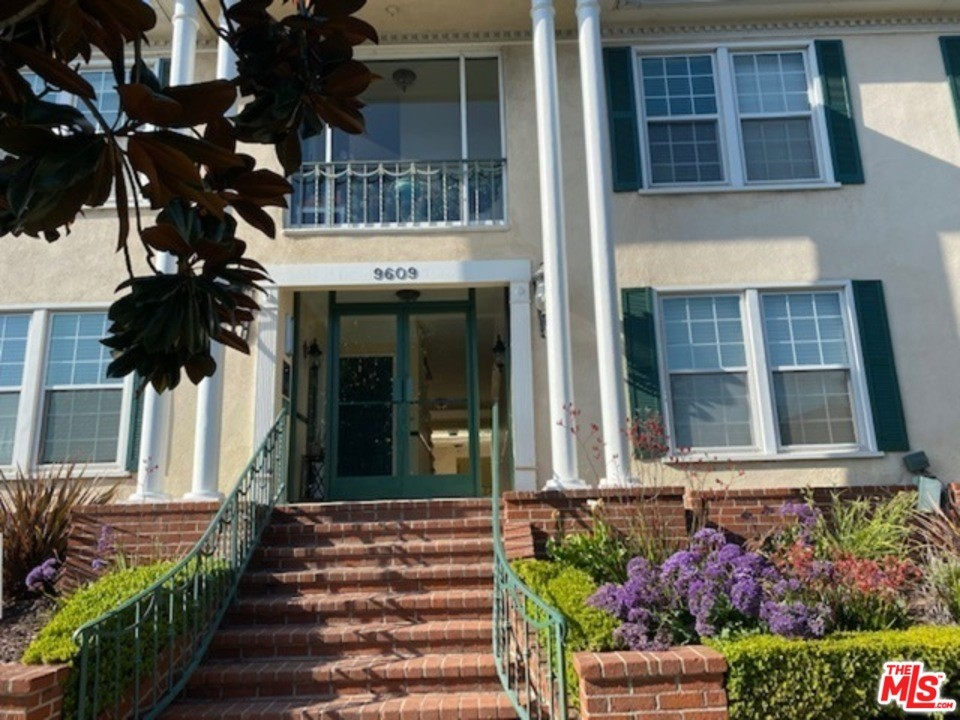 9609 W Olympic Boulevard # C Beverly Hills CA 90212