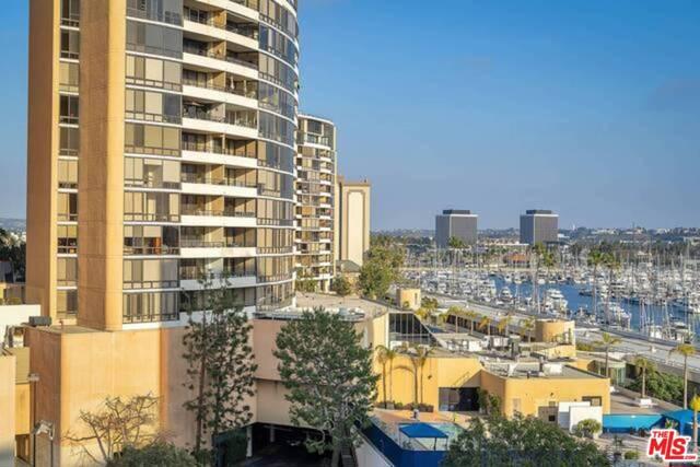 4337 marina city dr 639 Marina del Rey CA 90292