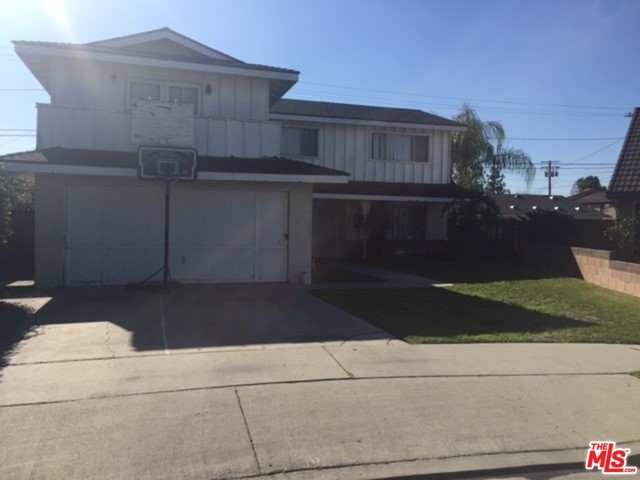 Single Family Home for Sale at 7104 Madison Street Paramount, California 90723 United States