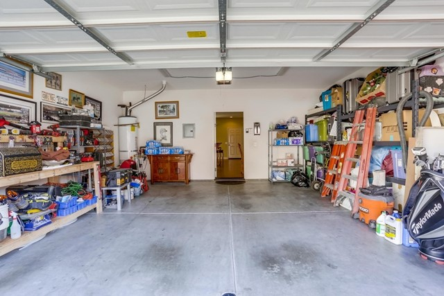 5517 Old Ranch Rd, Oceanside CA: http://media.crmls.org/mediaz/14C4368F-FA38-4A7E-9DDC-F828593F27B1.jpg