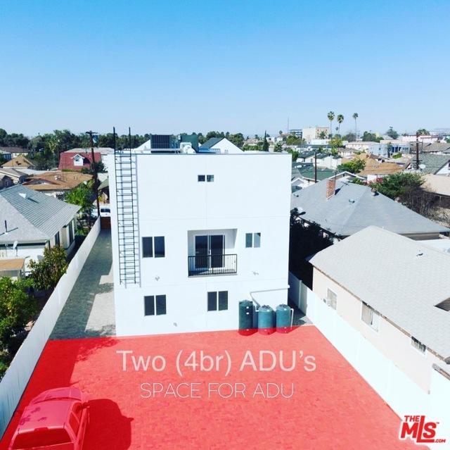 1740 S New England Street, Los Angeles CA: http://media.crmls.org/mediaz/14D54D91-EEAC-4A0A-8759-490C154938C6.jpg