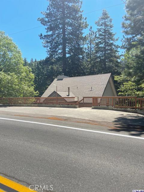 365 Fairway Drive, Lake Arrowhead, California 92352, 3 Bedrooms Bedrooms, ,1 BathroomBathrooms,Residential,For Sale,Fairway,320006342