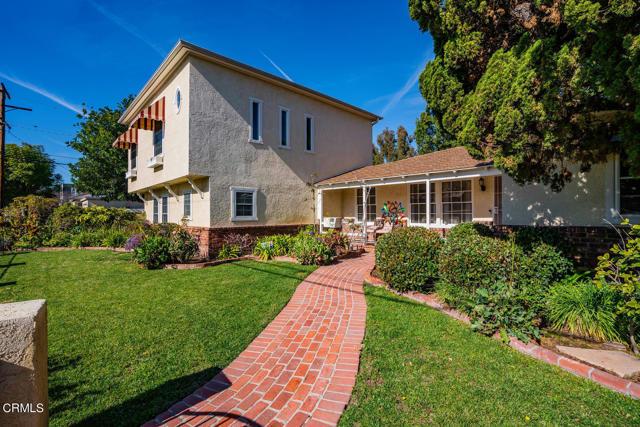 5001 Strohm Avenue, North Hollywood CA: http://media.crmls.org/mediaz/152E2DC4-91E3-44DF-B524-100EE5A76C15.jpg