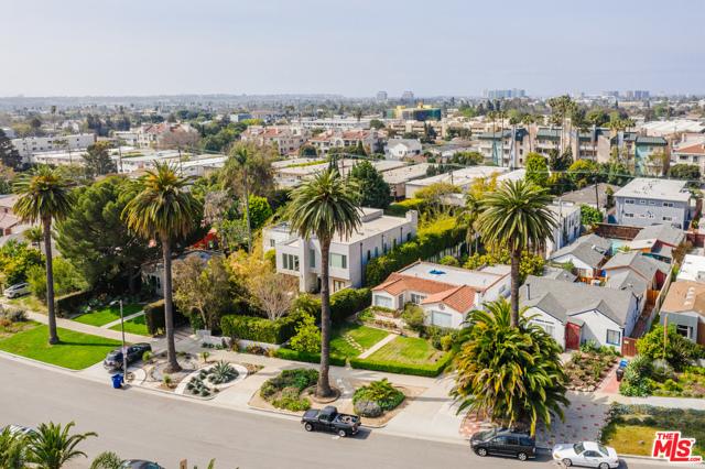 3875 Marcasel Los Angeles CA 90066
