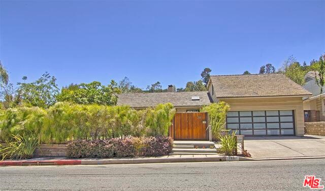 Single Family Home for Rent at 781 Bundy Drive N Los Angeles, California 90049 United States