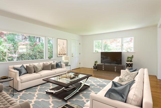437439 Pope Street, Menlo Park CA: http://media.crmls.org/mediaz/16369C22-832B-4DD6-960C-88782EE9235F.jpg