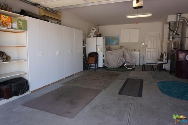 37682 Mojave Sage Street, Palm Desert CA: http://media.crmls.org/mediaz/1658C2B0-0554-41EE-BC0E-870974CA34FC.jpg