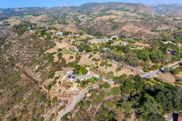 0 Santa Margarita Dr, Fallbrook CA: http://media.crmls.org/mediaz/16B48E34-B155-4204-97BD-02BA37F881E3.jpg