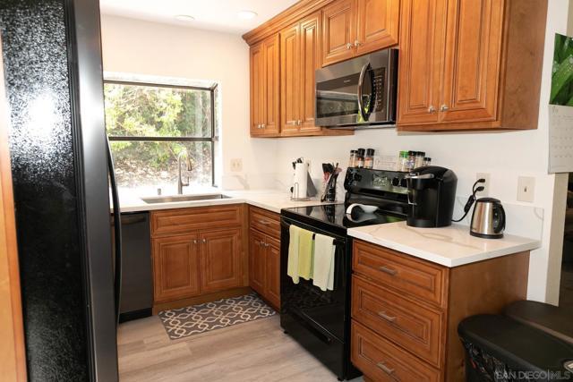 10620 Villa Bonita, Spring Valley CA: http://media.crmls.org/mediaz/16a1c076-98ae-4b71-803b-82811eb599cc.jpg