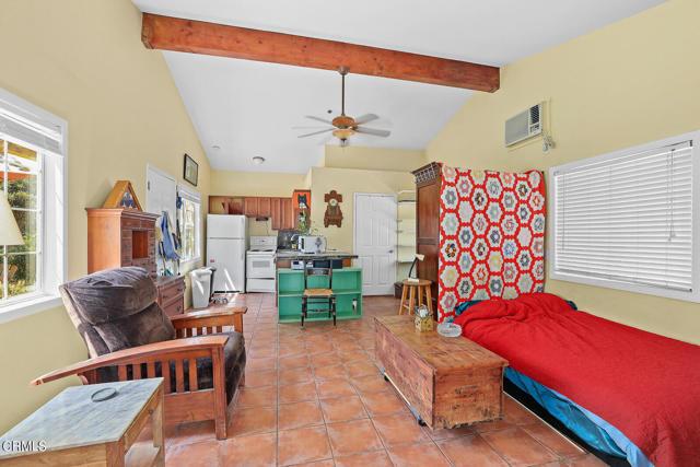 9716 Helen Avenue, Shadow Hills CA: http://media.crmls.org/mediaz/176CF28A-DED4-4C9A-BEB1-6CB8E0EC55F6.jpg