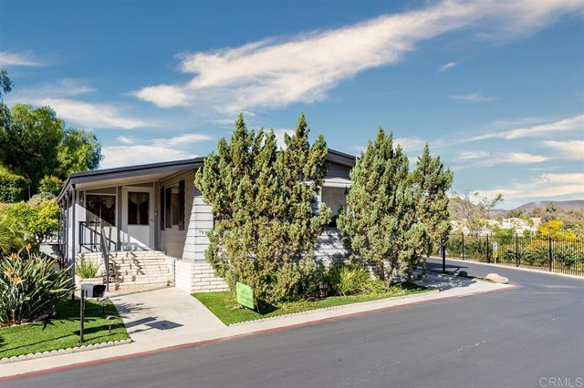 Detail Gallery Image 1 of 43 For 500 Rancheros Dr #193,  San Marcos,  CA 92069 - 2 Beds | 2 Baths