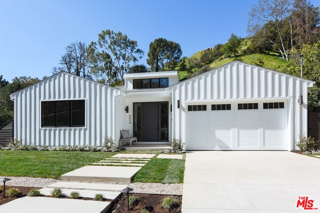 Single Family Home for Sale at 9024 Wonderland Park Avenue Los Angeles, California 90046 United States