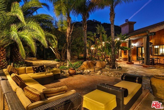 1351 DECKER CANYON Road  Malibu CA 90265