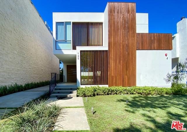 125 N STANLEY Drive, Beverly Hills CA: http://media.crmls.org/mediaz/182A67FA-C8F8-48C0-A2B8-3D78B907B0AA.jpg