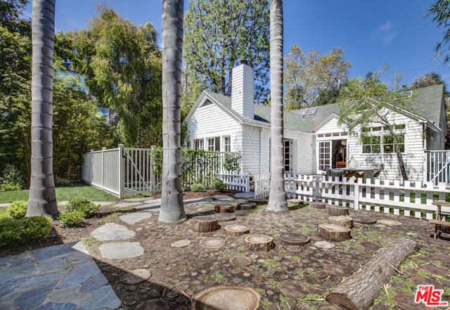 343 Sycamore Rd, Santa Monica, CA 90402 photo 42