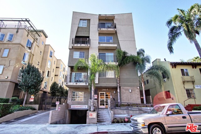 2864 Sunset Place 204, Los Angeles, California 90005