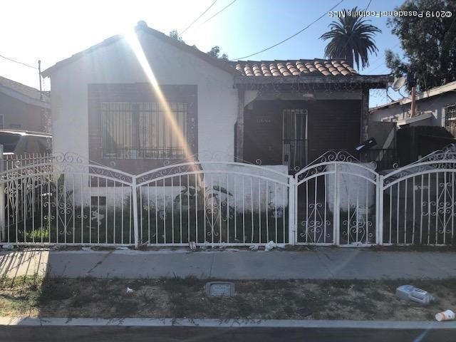 11607 School Street, Lynwood, California 90262, 2 Bedrooms Bedrooms, ,1 BathroomBathrooms,Residential,For Sale,School,819003858