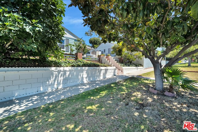 13107 Rose Ave, Los Angeles, CA 90066 photo 29