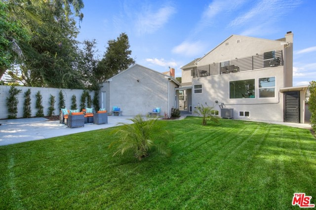 5315 Overdale Dr, Los Angeles, CA 90043 photo 9