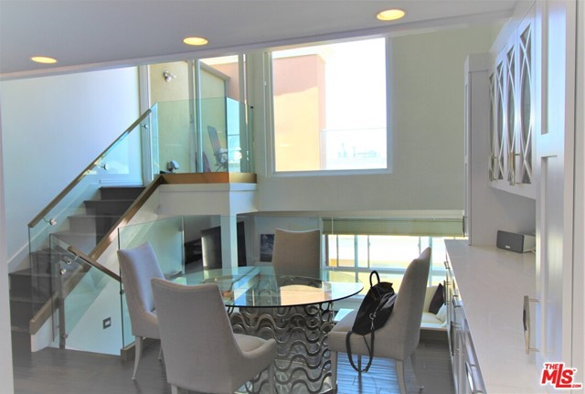 6400 PACIFIC Avenue, Playa del Rey CA: http://media.crmls.org/mediaz/1AD37980-CD90-4BE9-A571-9B28CCBC5A3A.jpg