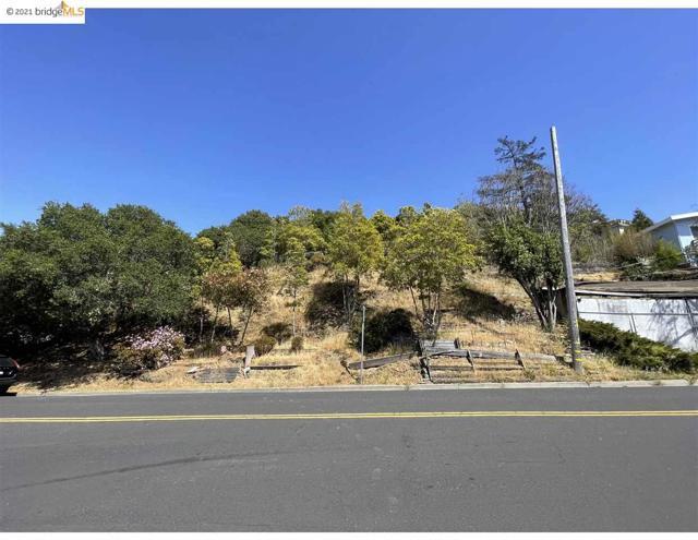 2142 Junction Ave, El Cerrito CA: http://media.crmls.org/mediaz/1AFCF967-C1C5-47C1-BE7A-E25EC4BEB853.jpg