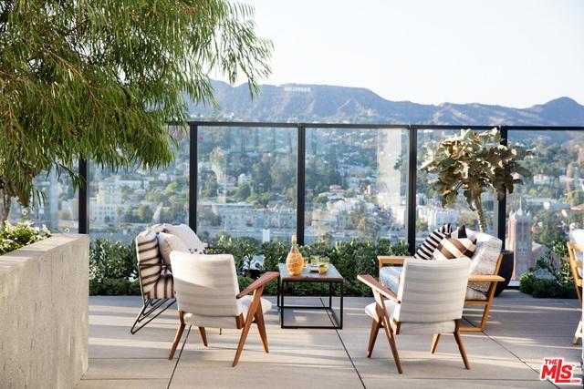 Condominium for Rent at 1550 El Centro Avenue N Los Angeles, California 90028 United States