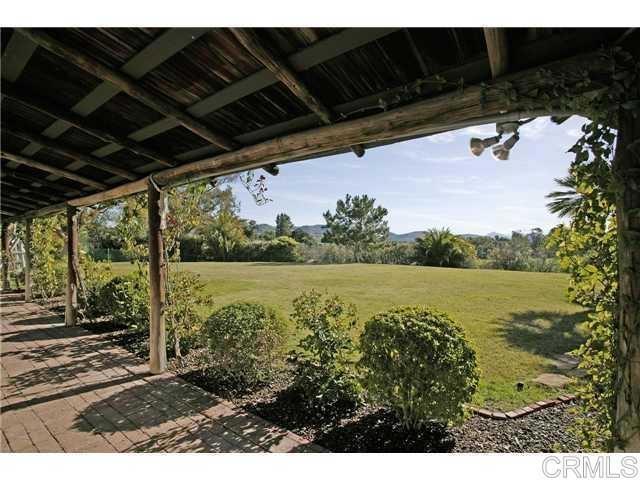 6710 El Montevideo, Rancho Santa Fe CA: http://media.crmls.org/mediaz/1B0406F6-7555-4C86-B2BB-E9C0F1587A8F.jpg